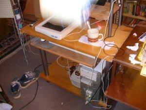 computerDeskBottomFrontKeyboardIn